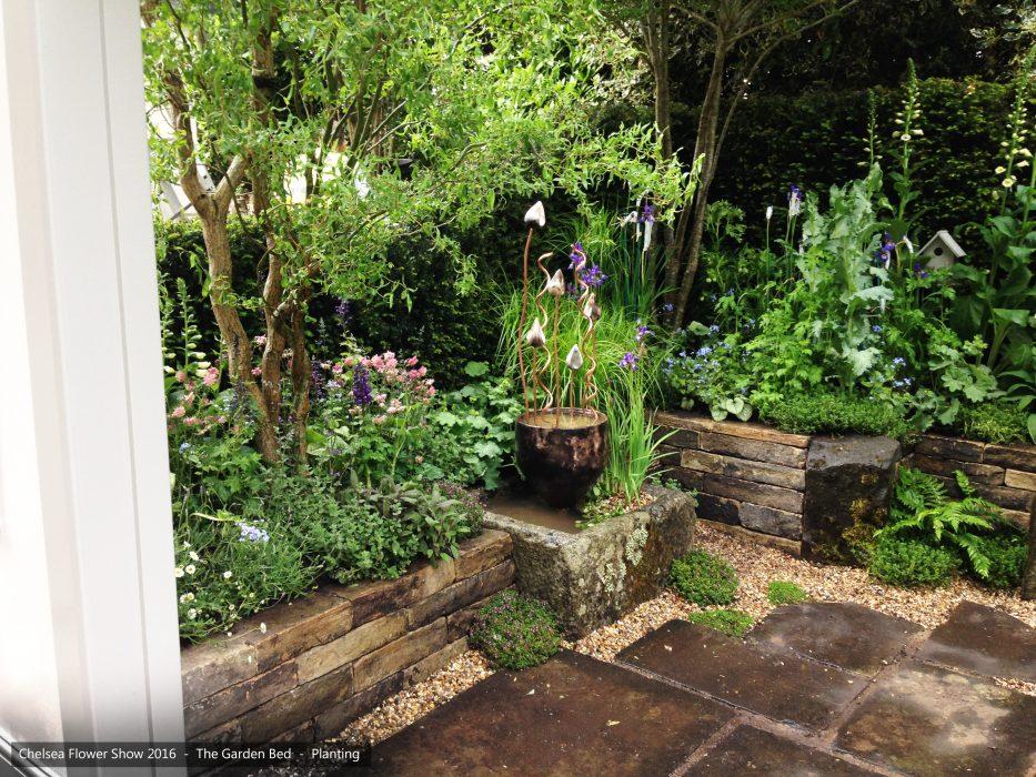 28-chelsea-flower-show-2016-garden-bed-planting