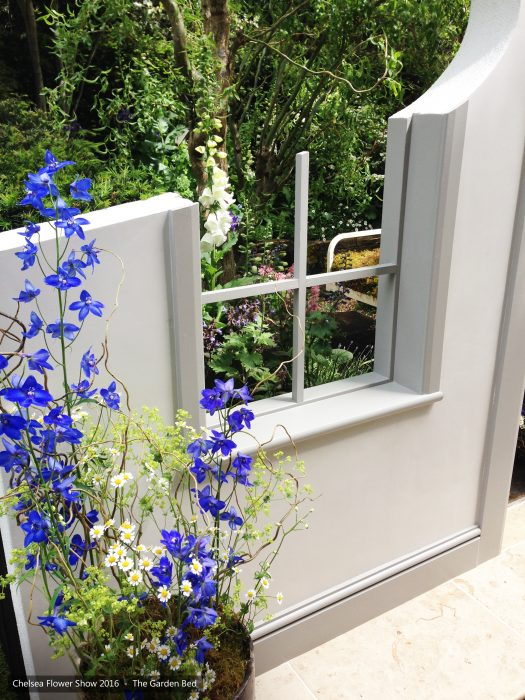 52-chelsea-flower-show-2016-garden-bed-floristry