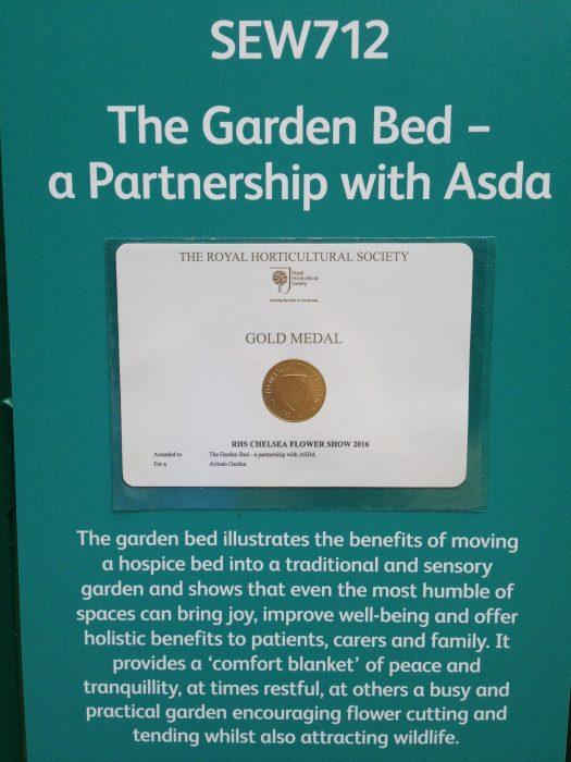 37-chelsea-flower-show-2016-garden-bed-gold-medal-award