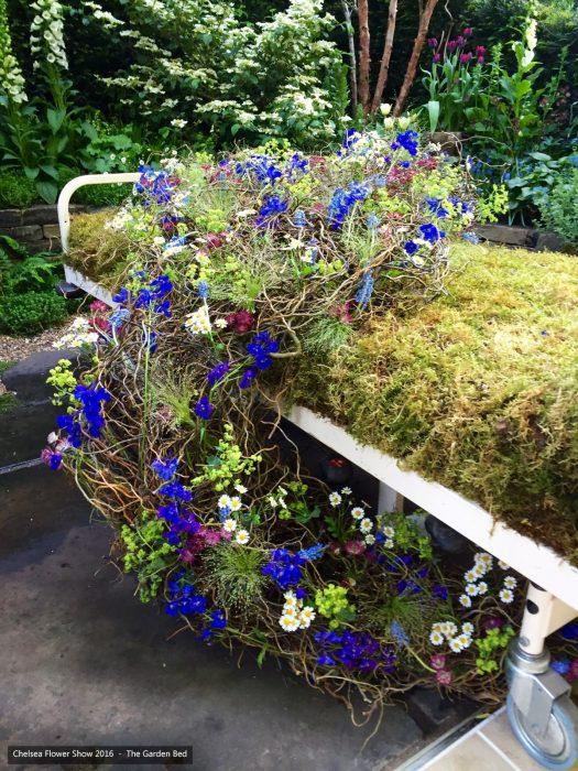 43-chelsea-flower-show-2016-garden-bed-floristry