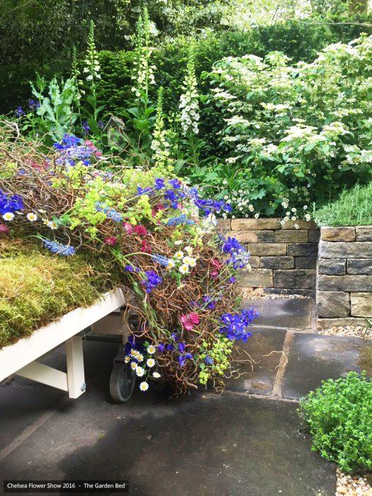 52-chelsea-flower-show-2016-garden-bed