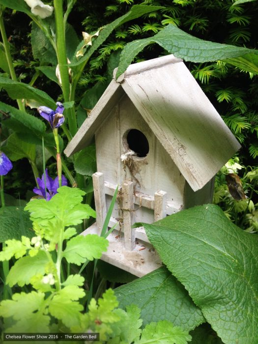 55-chelsea-flower-show-2016-garden-bed-birdhouse