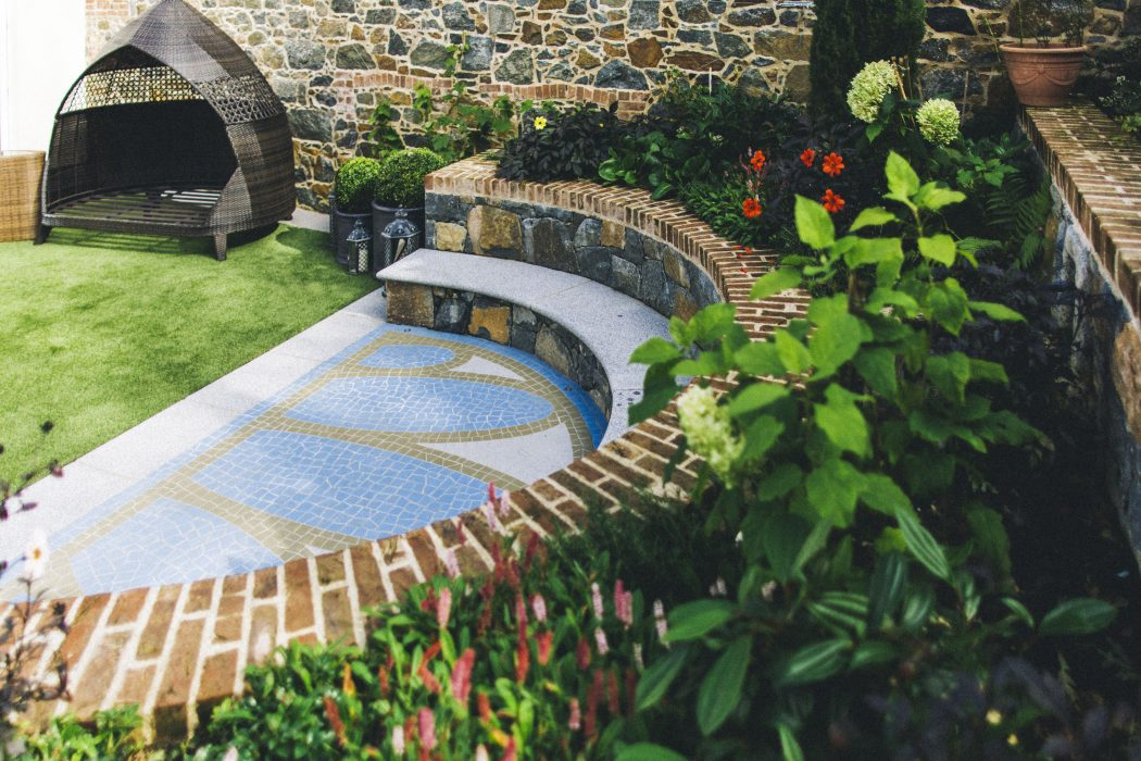 11 cosy artistic welch landscape design